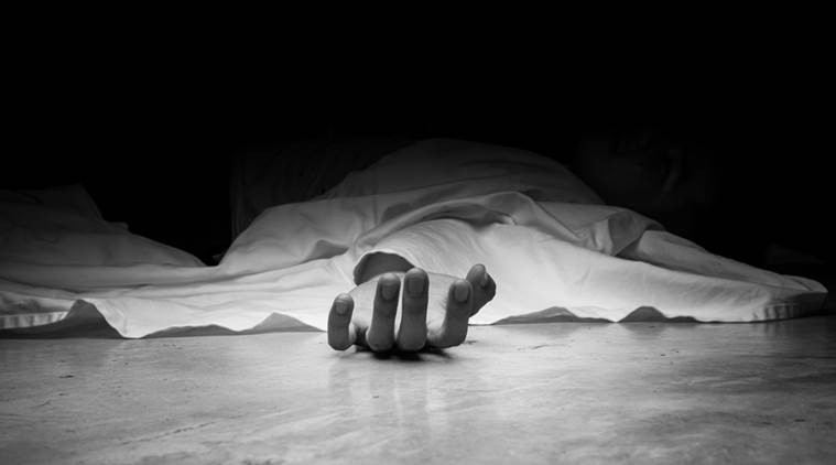 Une femme s'enfuit alors qu'un amant de 60 ans meurt lors d'un rapport sexuel