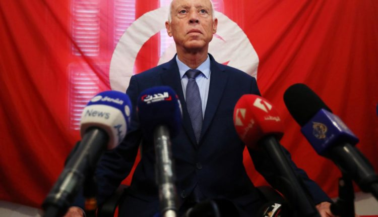 Présidentielle en Tunisie: le parti islamiste Ennahdha appelle à voter Kaïs Saïed