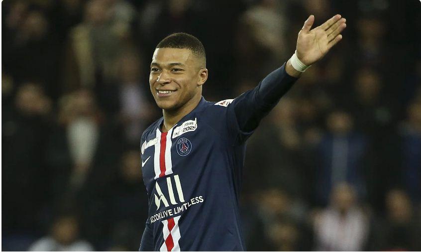 Mbappe nomme quatre clubs qui pourraient le remporter