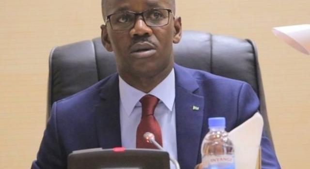 Rwanda un ministre démissionne après avoir bousculé une femme