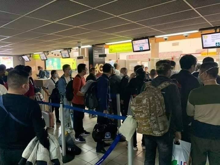 Côte d'Ivoire 61 chinois et 3 libanais interceptés à l'aéroport et mis en quarantaine