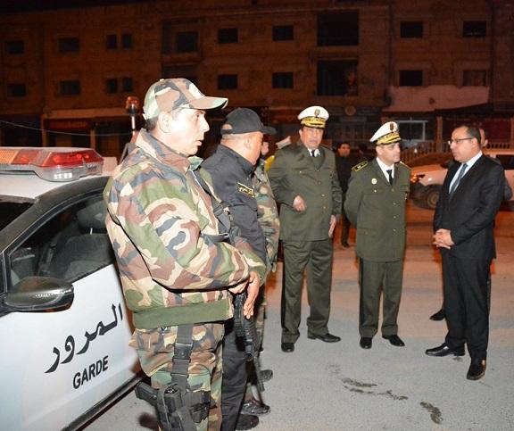 Tunisie 800 personnes en garde à vue pour non respect du confinement et du couvre-feu, selon le ministre de l'Intérieur