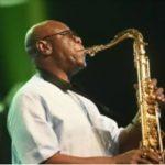 Urgent Coronavirus le musicien et chanteur camerounais Manu Dibango est décédé