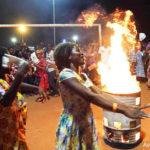 Togo Ils brûlent leur matériel de sorcellerie après leur conversion à Christ