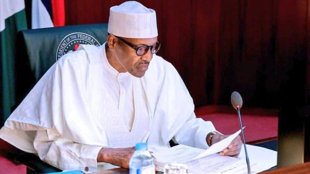 Nigéria Lutte contre le coronavirus Buhari ordonne la distribution de 150 camions de riz saisis