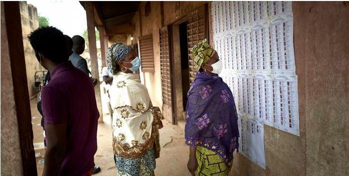 Entre corona et insécurité, le second tour des législatives maliennes se tient dimanche