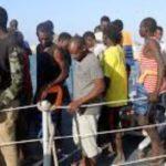Tunisie – Sfax : Arrestation de 29 subsahariens candidats à l'immigration qui se cachaient dans une maison près de la plage