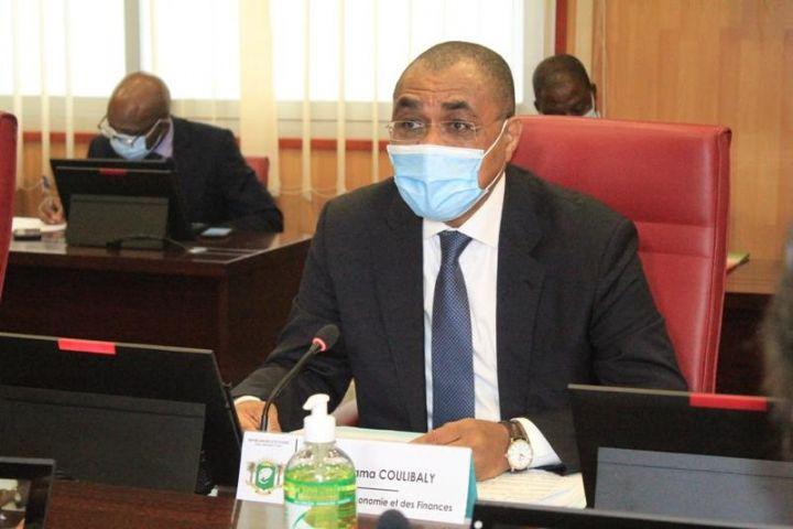 La Côte d'Ivoire décide de la suspension de toutes les relations économiques, financières et commerciales avec le Mali (Communiqué)