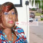 Côte d'Ivoire - Des caisses d'armes et de munitions sont entrain d'être retirées de la résidence de Kandia Camara.