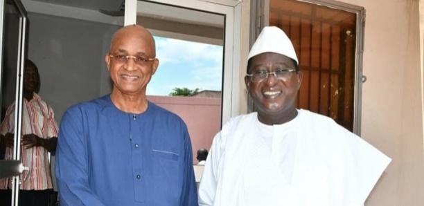 Guinée : l'opposant Cellou Dalein Diallo bloqué à l'aéroport