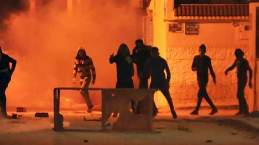 Le gouvernement tunisien enquête pour dévoiler les « parties » à l'origine des troubles