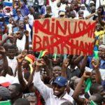 """Mali: La population manifeste pour dire """"NON"""" à la présence des militaires français au Mali"""
