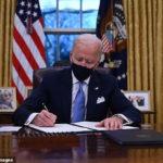 Biden signe un décret exécutif qui a force les écoles à inclure les athlètes transgenres dans les sports féminins