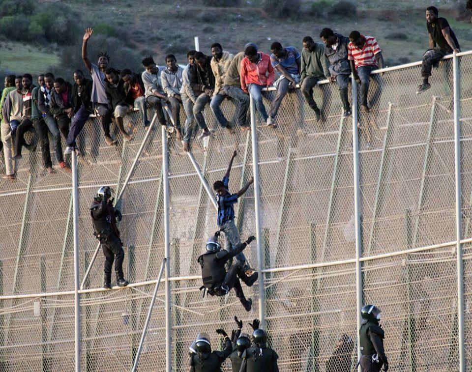 [Immigration] Environ 90 migrants subsahariens réussissent à franchir la clôture Melilla (vidéo)