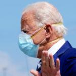 Porter deux masques mieux qu'un pour ralentir la propagation du coronavirus, selon une étude
