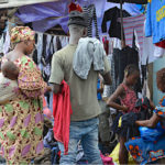 Gabon: La Maire de Libreville interdit la vente de la friperie