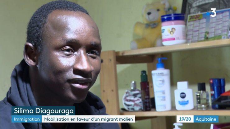 """France : Silima, un migrant malien, menacé d'expulsion pour s'être fait passer pour un mineur isolé. """"Si je n'avais pas menti, je n'aurais pas eu mes papiers. Ma vie est ici maintenant"""""""