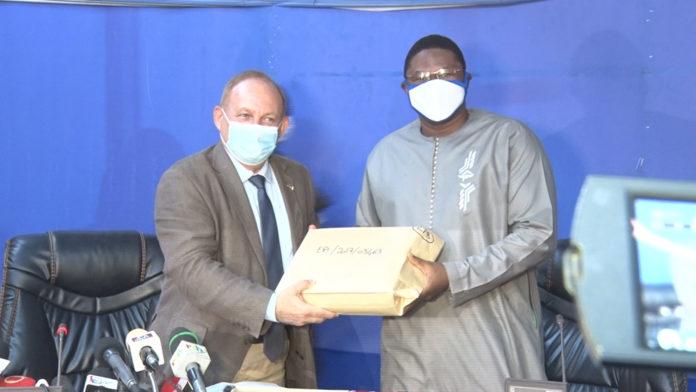 Burkina Faso : la France remet le dernier lot d'archives sur le dossier Thomas Sankara