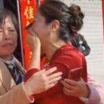 Une femme découvre le jour du mariage de son fils que sa mariée est en fait sa fille perdue depuis longtemps